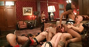Groupsex Galleries